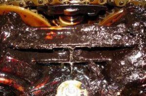 Почему меняется моторное масло