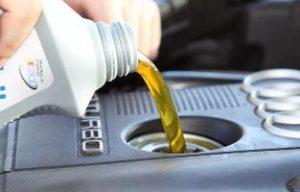 Как правильно пользоваться моторным маслом