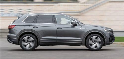 Сравнительный тест Volkswagen Touareg и Volvo XC90